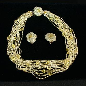 Very Feminine Pale Yellow Glass Seed Bead Torsade Necklace and Earrings.