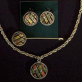 Sarah Coventry Mosaic stick pin, necklace and clip earring set