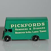 Lesney Matchbox Pickfords Van 46B BPW