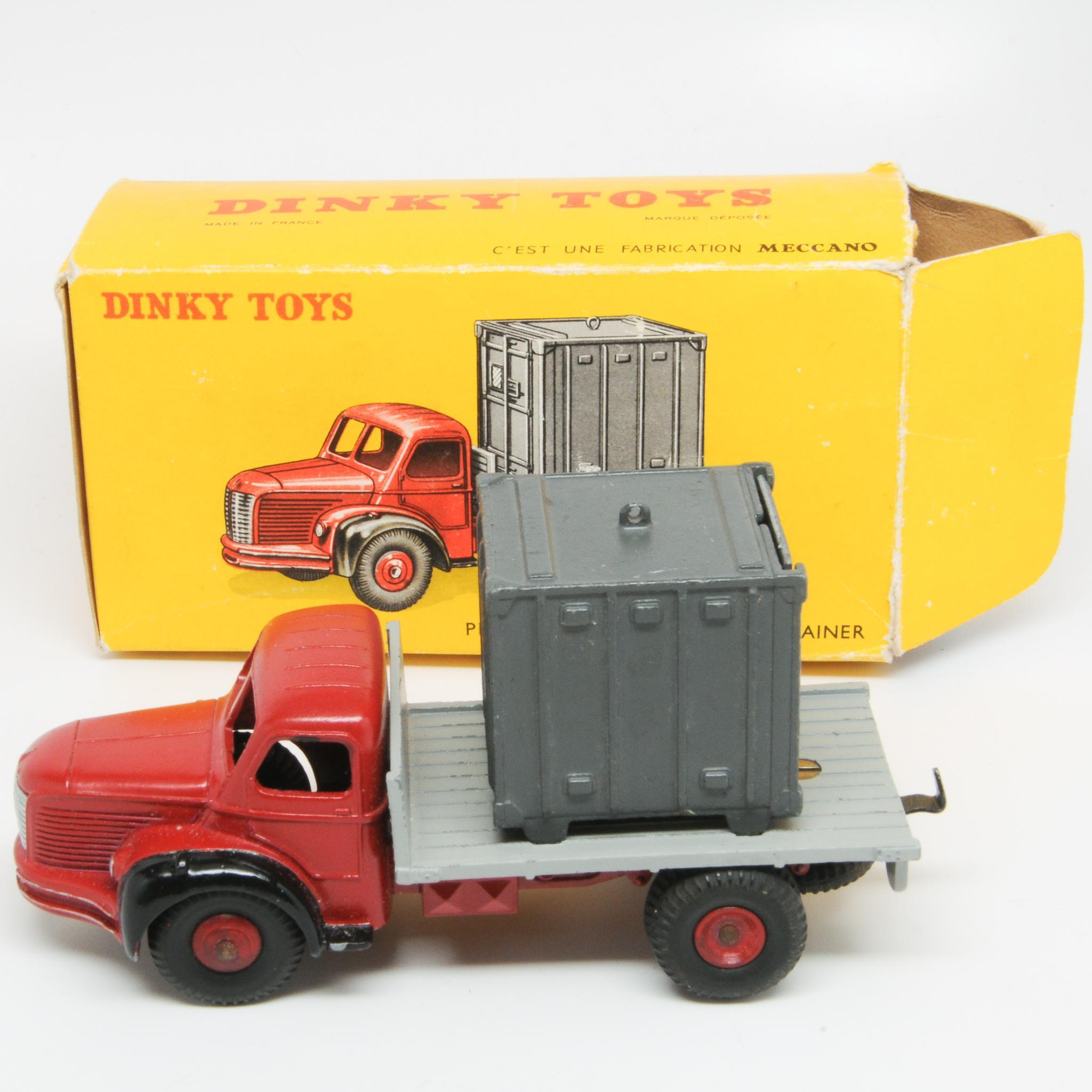 Vintage Dinky Toys 34b Berliet Flat Bed Container Truck