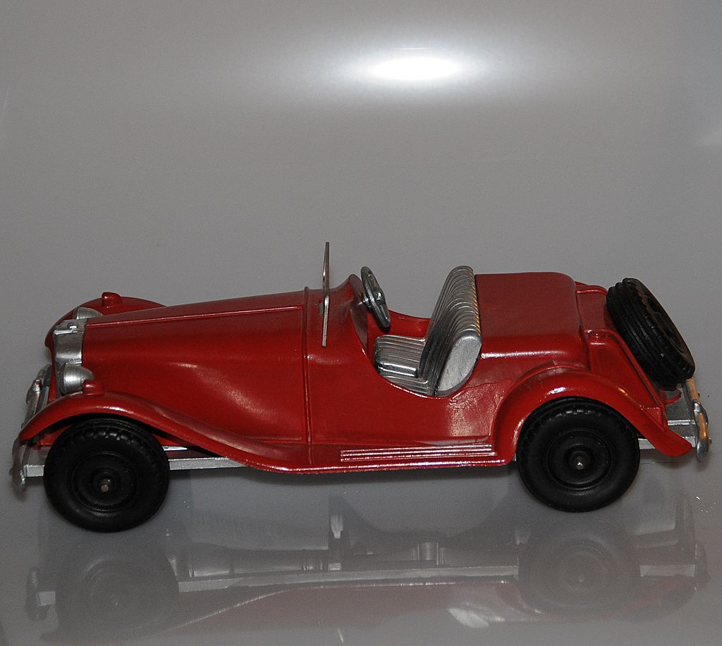 Hubley Diecast MG Sports Roadster (Restored)