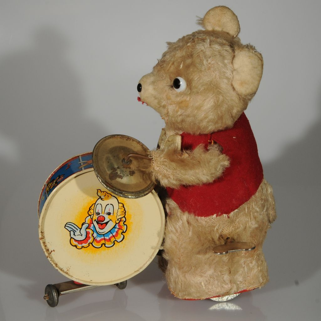 Wind-up Drumming Bear  Made in Japan