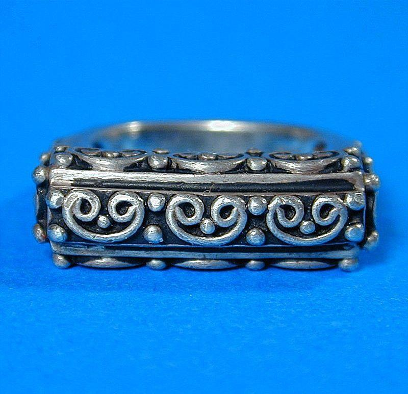 Vintage Modernist Sterling Silver Ring - Unique Overlay Design
