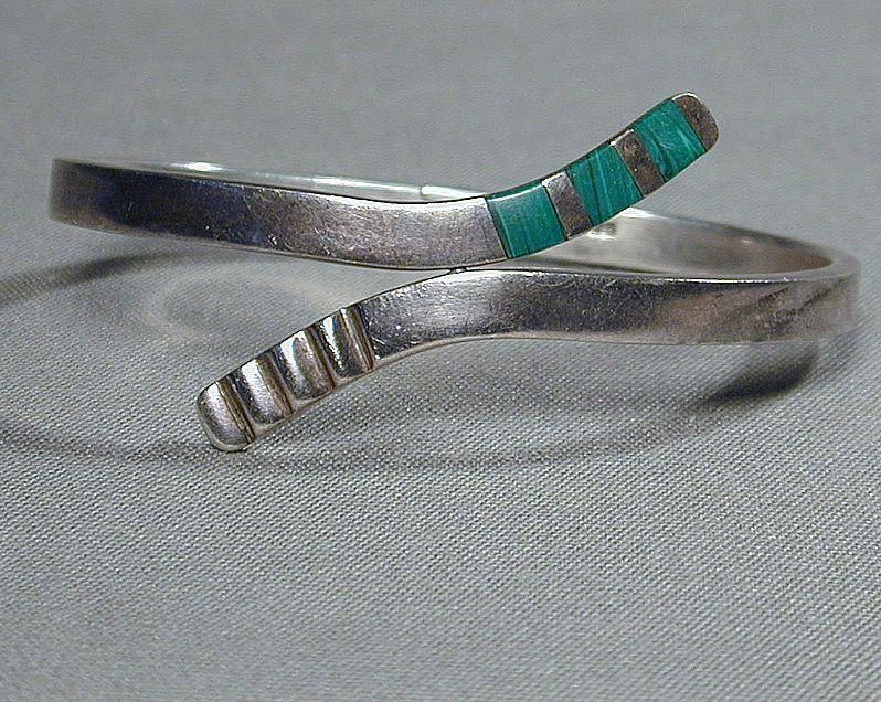 Vintage Mexican Taxco Sterling Silver Hinge Bracelet w/ Malachite