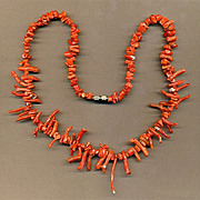 Vintage Branch Coral Necklace - Deep Natural Color