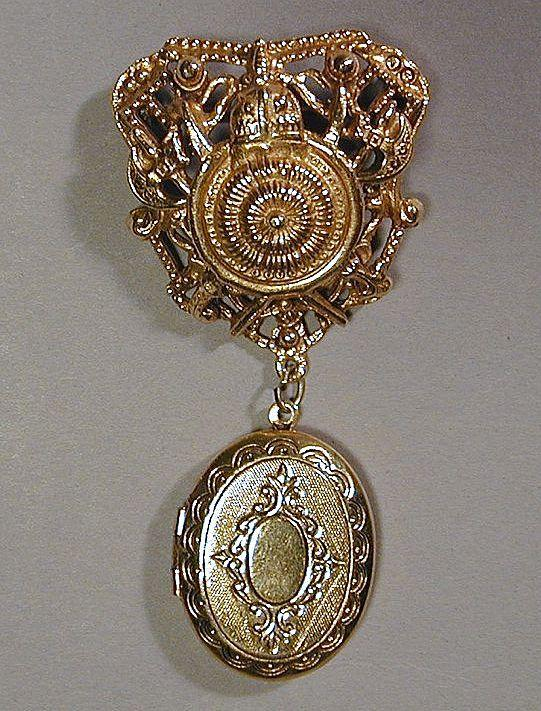 Vintage FLORENZA Old-Fashioned Goldtone Locket Pin