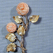 Exquisite 18K Gold Pin w/ Carved Angel Skin Coral Rose Flowers