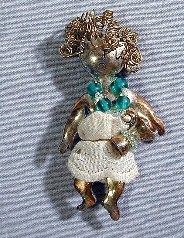 Vintage c1970s Studio Art - Curly Top Sterling Silver Figural Pin
