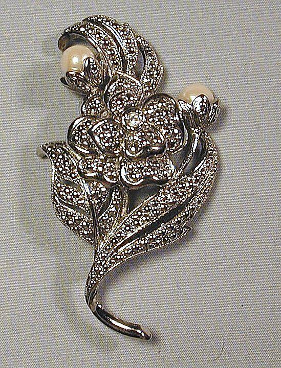 Estate Kenneth J. Lane Flower Bouquet Pin