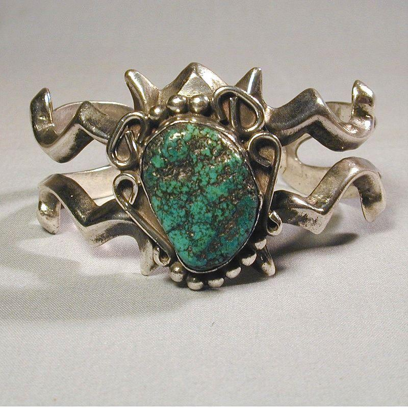 Old Navajo Sandcast Sterling Silver Bracelet w/ Big Green Turquoise Stone