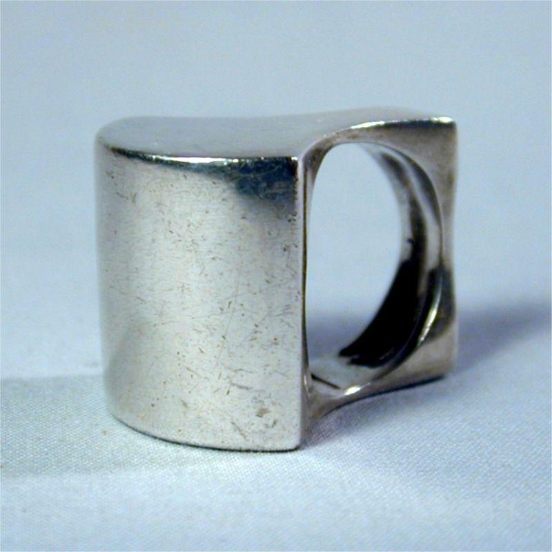 Bold Sterling Silver Modernistic Ring - A Sculptural Doozy!