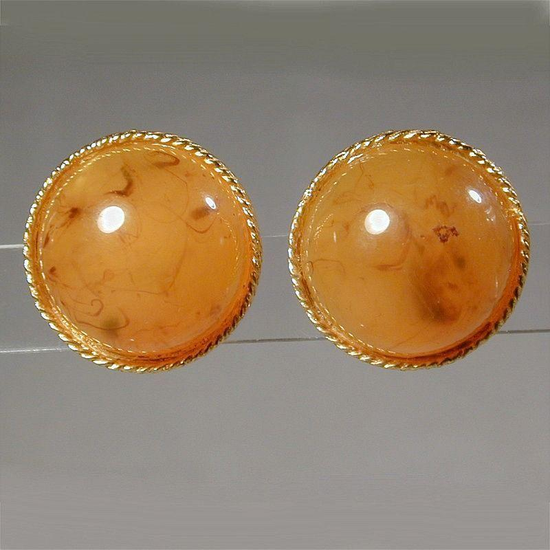 Vintage HOBE Lucite Applejuice Dome Clipback Earrings