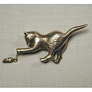Vintage Sterling Silver CAT w/ Dangling MOUSE Pin Brooch