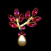 Vintage Austrian Hot Pink Crystal Rhinestone Pin w/ Big Pearl Drop