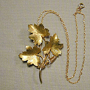 HOBE 12K Gold-Filled Leafy Pin Brooch w/ Pendant Chain