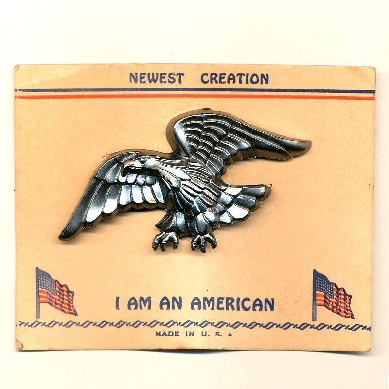 1940s WWII Eagle Pin on Original ~ I Am An American ~ Card