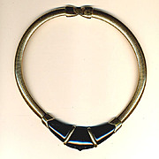 1970s Sleek Sophisticated Signed Necklace MONET Lucite & Goldtone