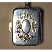 Vintage Pretty Sterling Silver PILLBOX Pendant Necklace