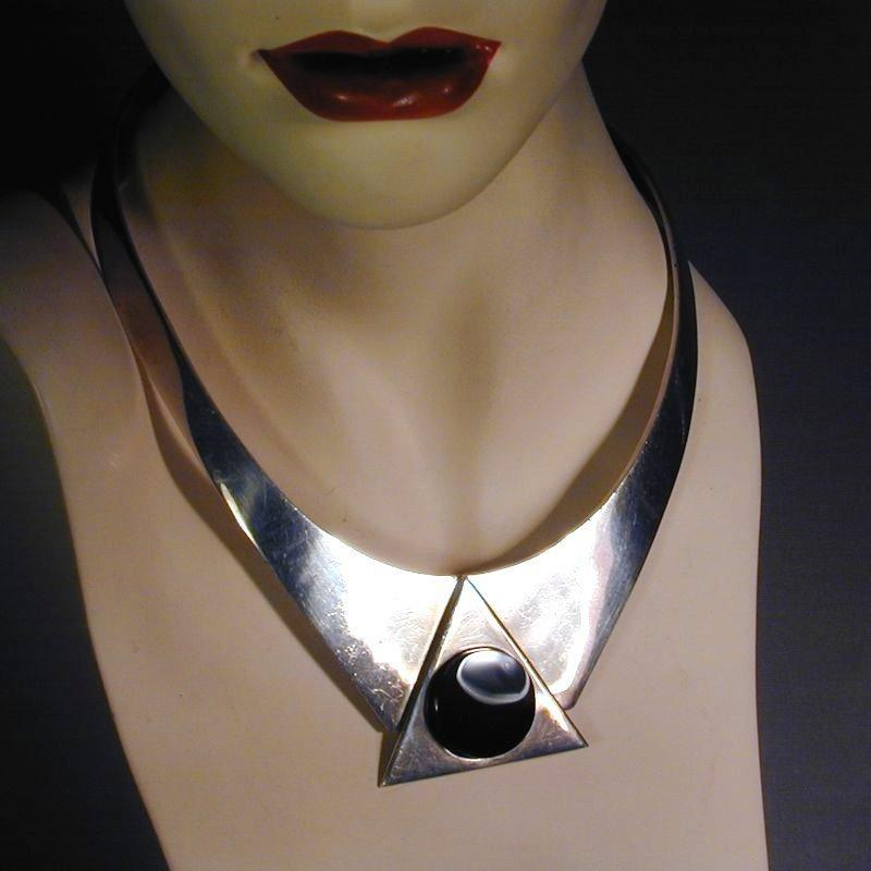 Modernist Taxco Sterling Silver Collar Necklace w/ Black Onyx