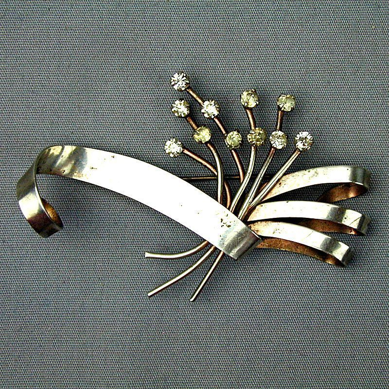 Art Deco Sterling Silver Rhinestone Pin w/ Ribbon Flourish