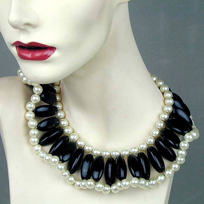 Big Bold Black & White Faux Pearl & Lucite Collar Necklace