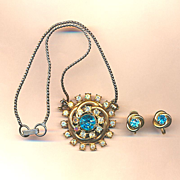 Vintage 1940s CORO Rhinestone Set Pendant Necklace & Earrings