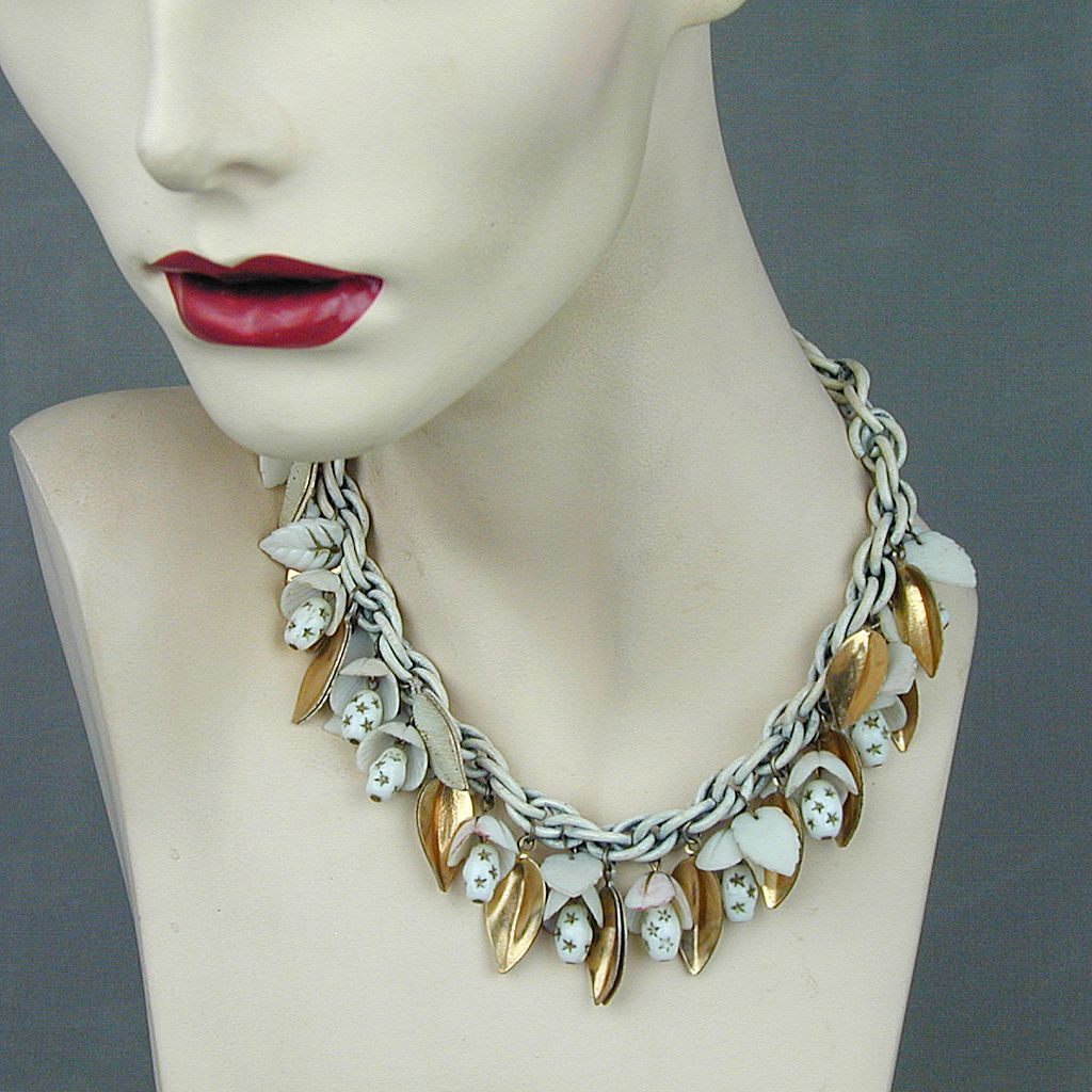 1930s Dangles Necklace Gilt Leaves Glass Beads Enamel Chain