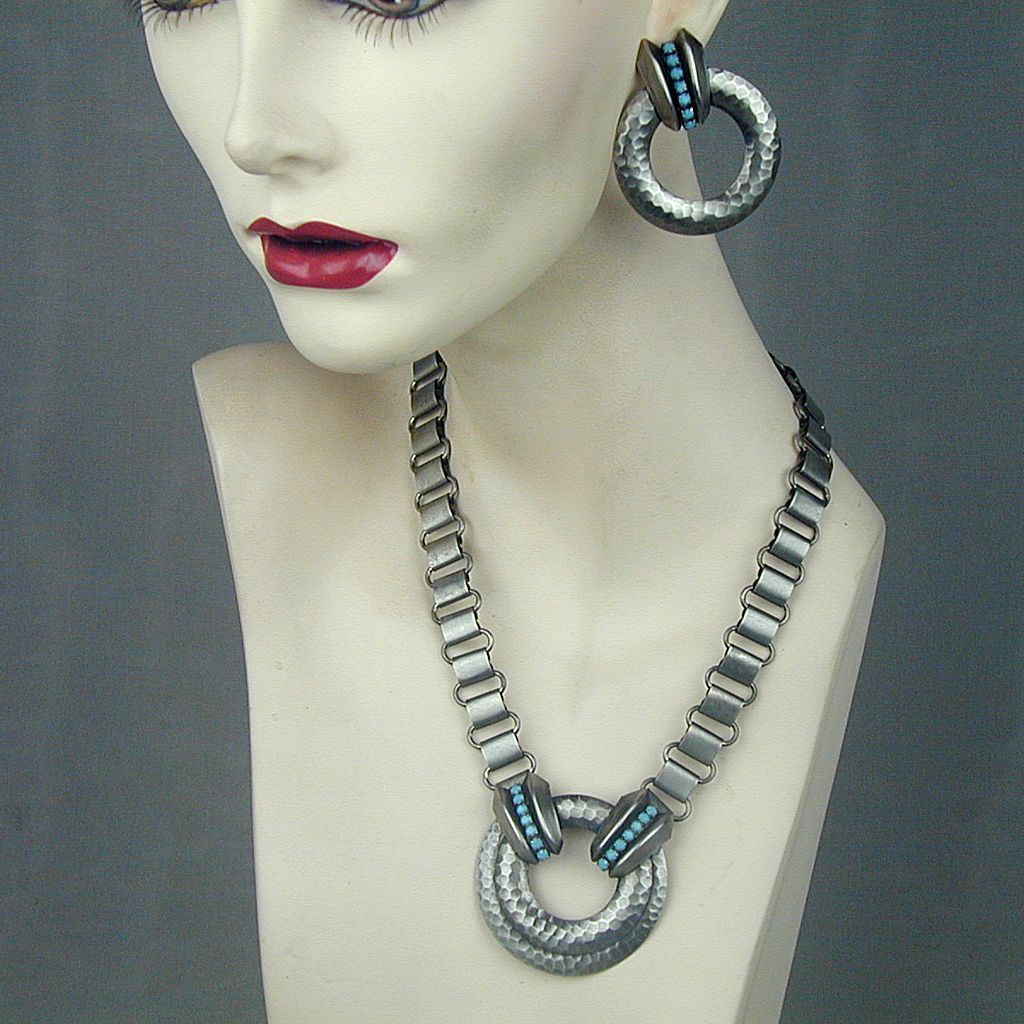 Modernist Hammered Metal Necklace & Earrings Set