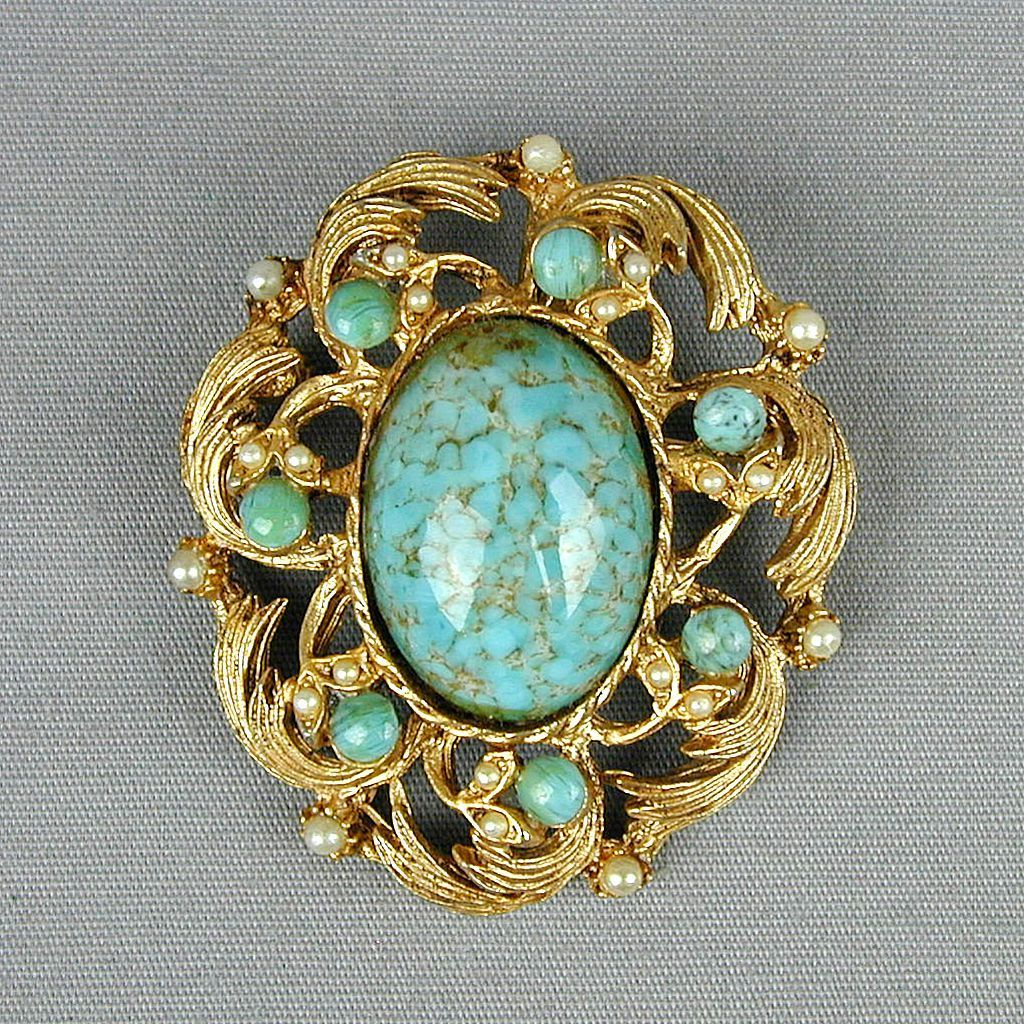 Vintage Hattie Carnegie Regal Pin w/ Faux Turquoise Pearls