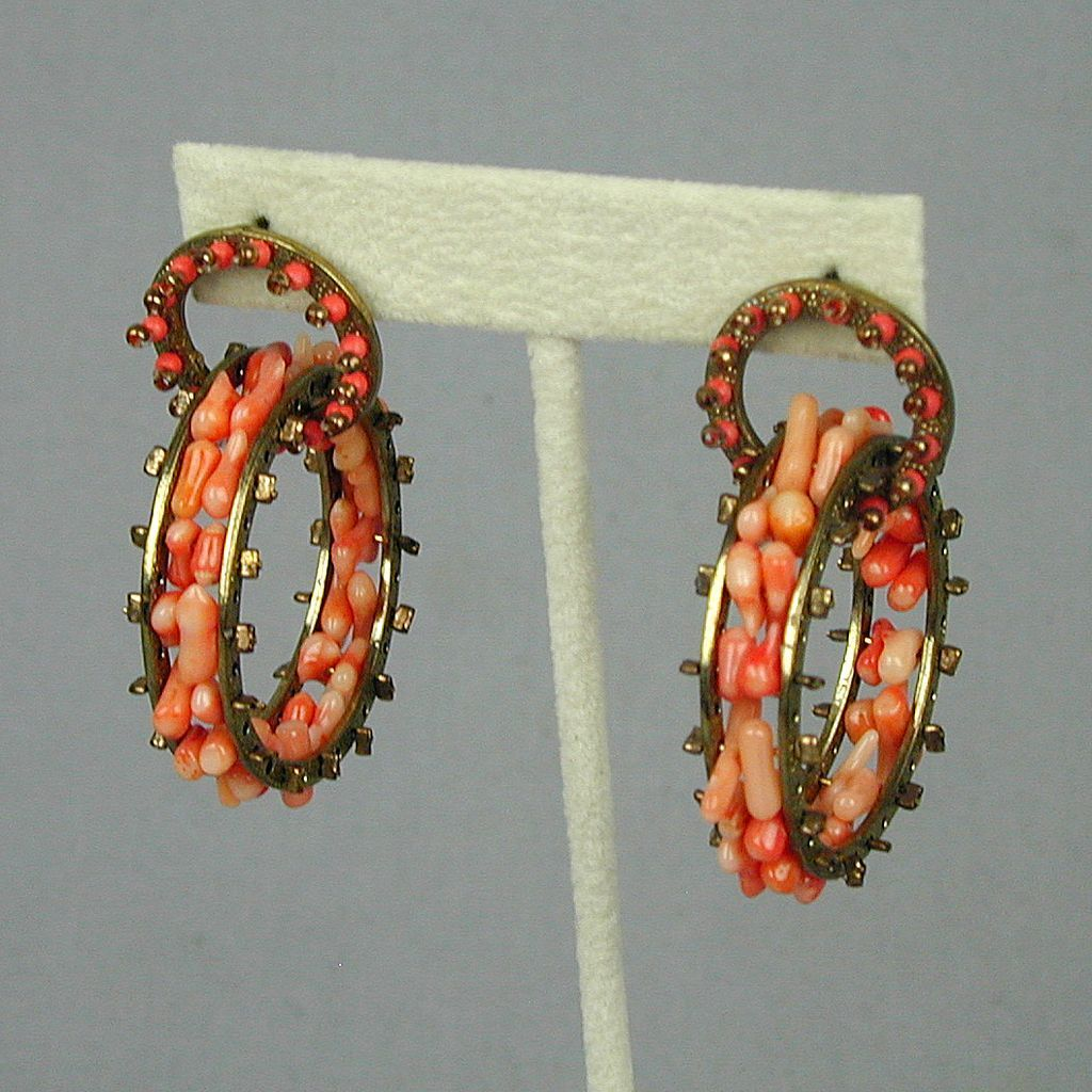 Unusual Stick Coral ~Ferris Wheel~ Hoop Earrings
