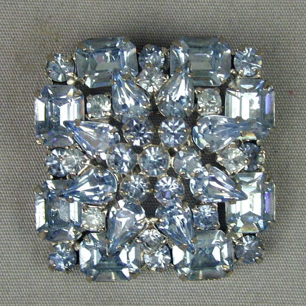 Vintage WEISS Blue Crystal Rhinestone Pin