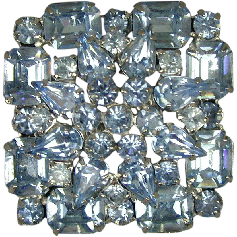 vintage weiss blue crystal rhinestone pin from. Black Bedroom Furniture Sets. Home Design Ideas