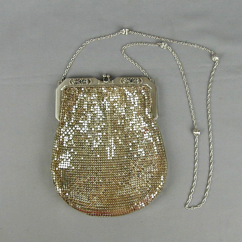 Vintage Whiting & Davis Silver Tone Mesh Handbag Purse