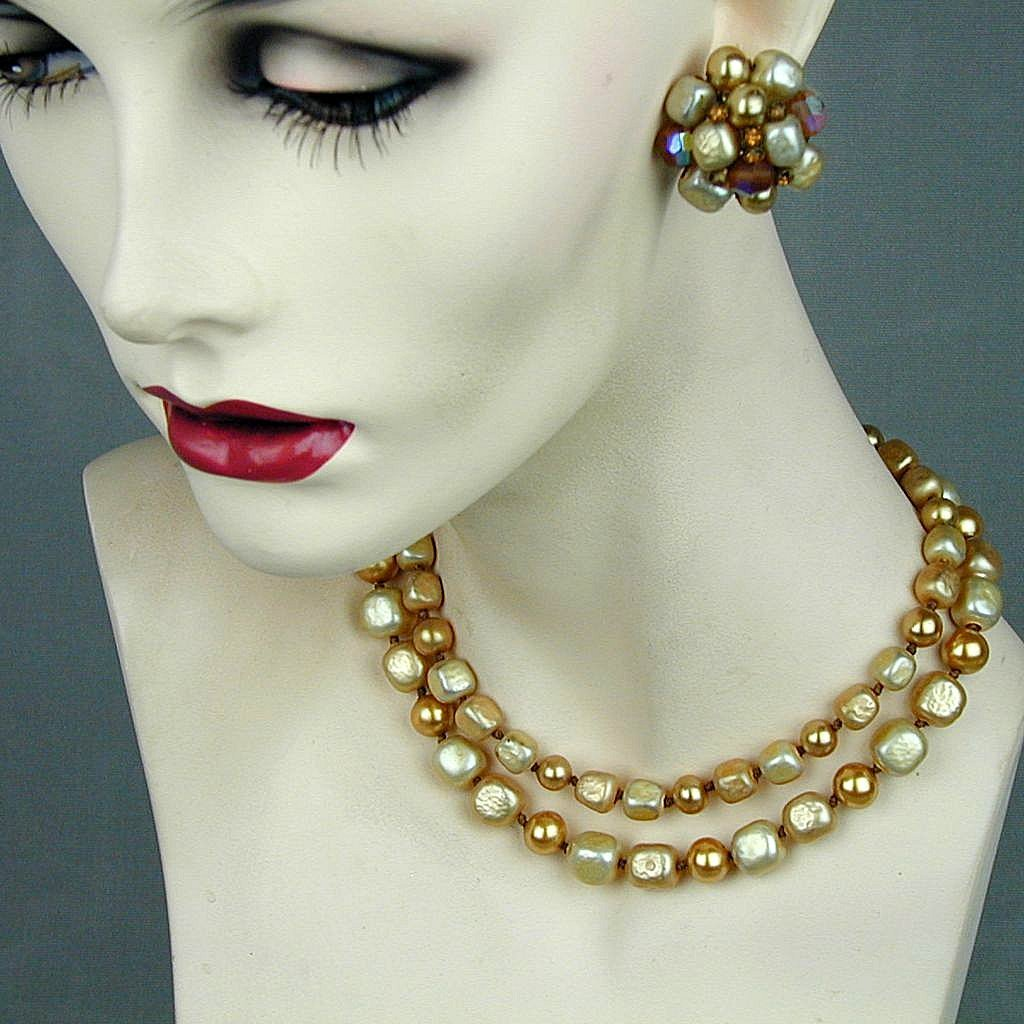 Vintage VOGUE Faux Pearl Chunky Necklace & Earrings Set