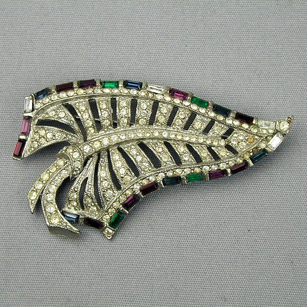 Vintage Art Deco Rhinestone Covered Leaf Pin Brooch
