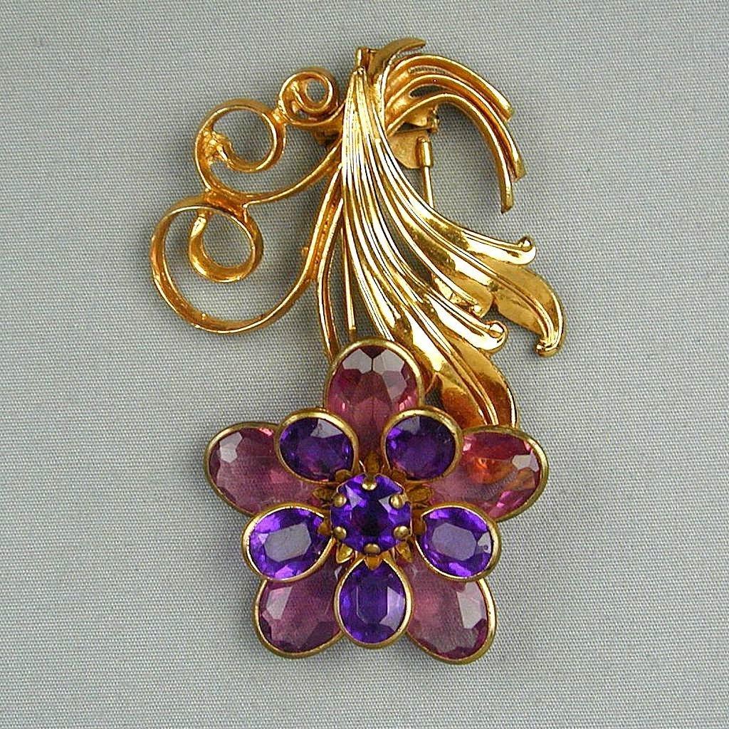 Big Gripoix-Style 1930s Fur Clip - Glass & Gilt Floral