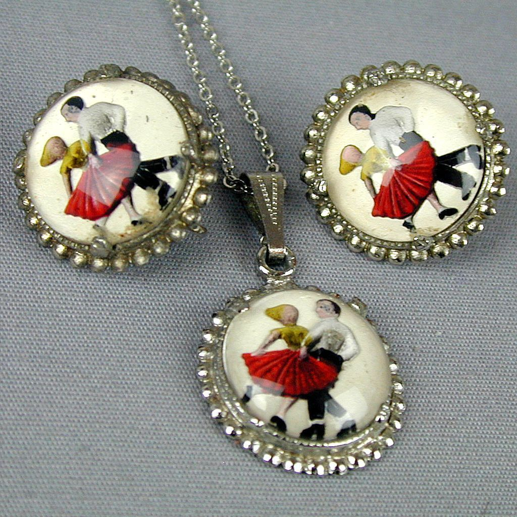 Vintage Dancing Couple Reverse Glass Necklace Earrings Set