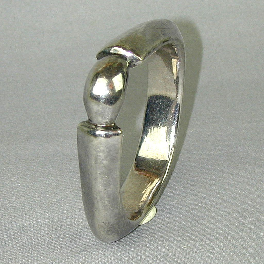 Sterling Silver Bracelet Bangle w/ Space-Age Angle