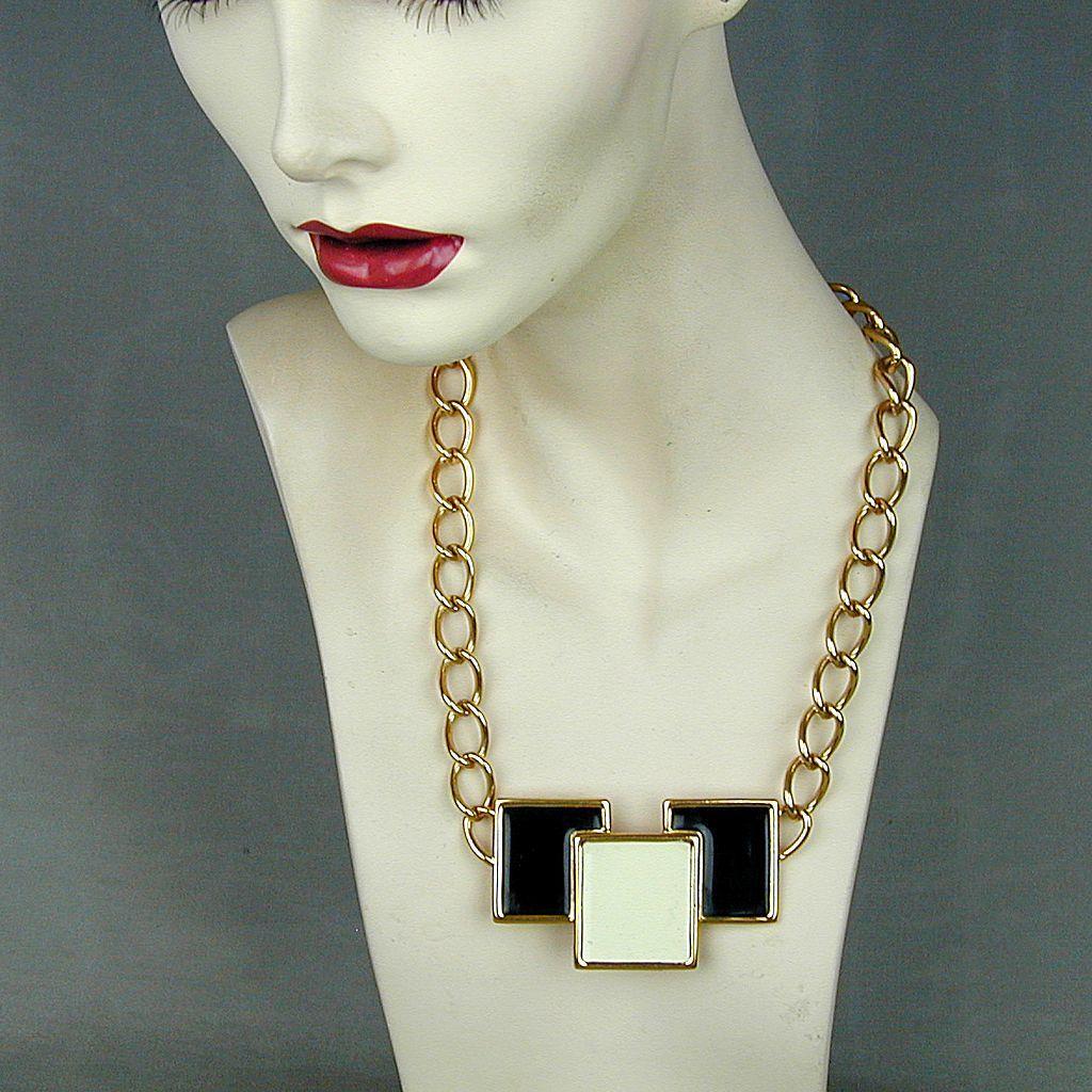 Modernist MONET Mod Enamel Black - White Pendant Necklace