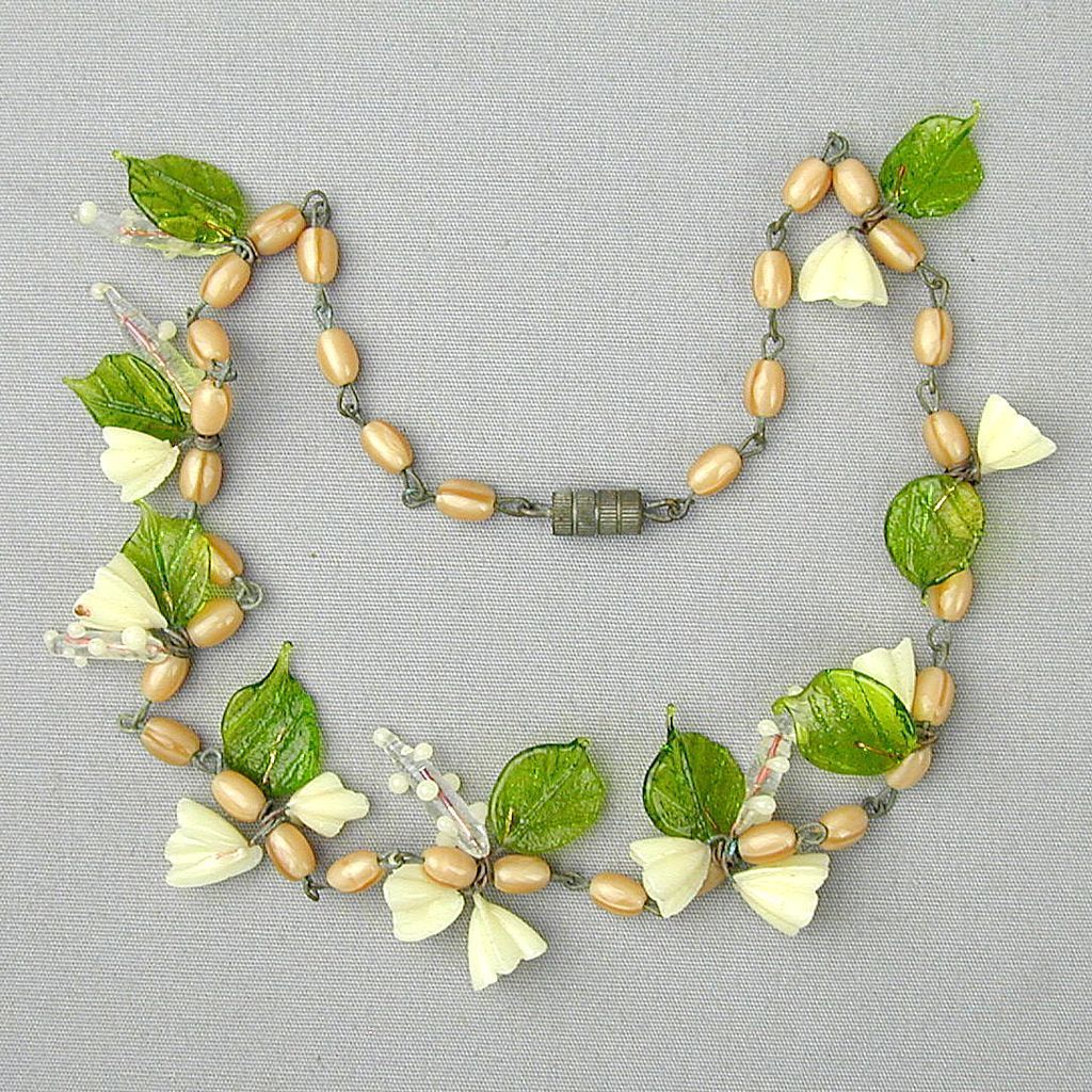 Old Delicate Glass Flower Bead Necklace
