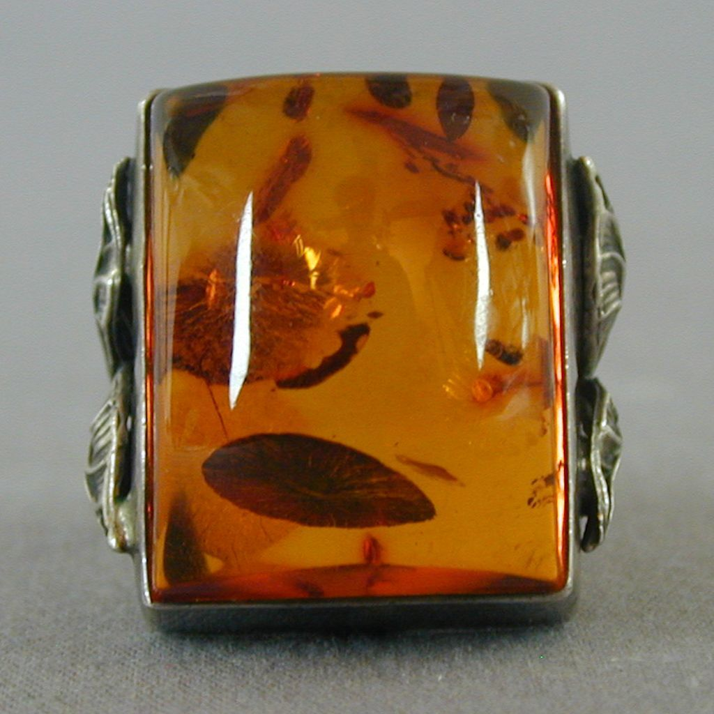 Vintage Great Big Sterling Silver Ring w/ Huge Baltic Amber Stone