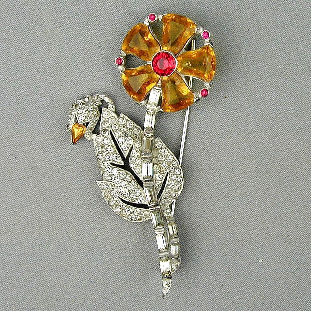 Fine Vintage Rhinestone Pin Exquisite Flower w/ Rhodium Plate c1940 Stunner