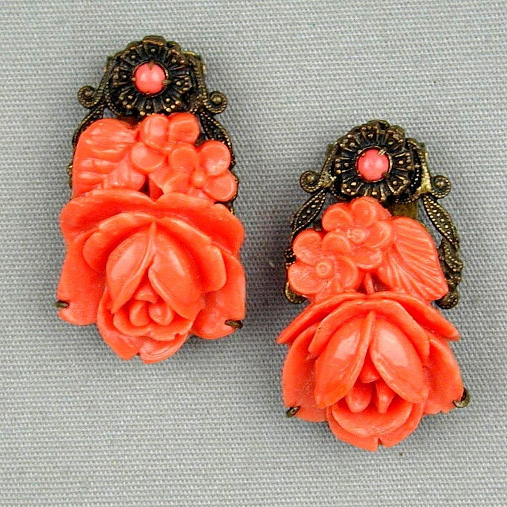 Vintage 1930s Pair of Coral Celluloid Roses Clips