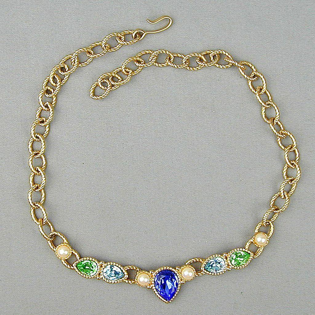Vintage MONET Teardrop Rhinestone - Faux Pearl Necklace