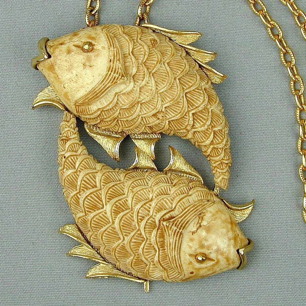 Vintage RAZZA Zodiac Two Fish Pendant Necklace w/ Orig. Tag
