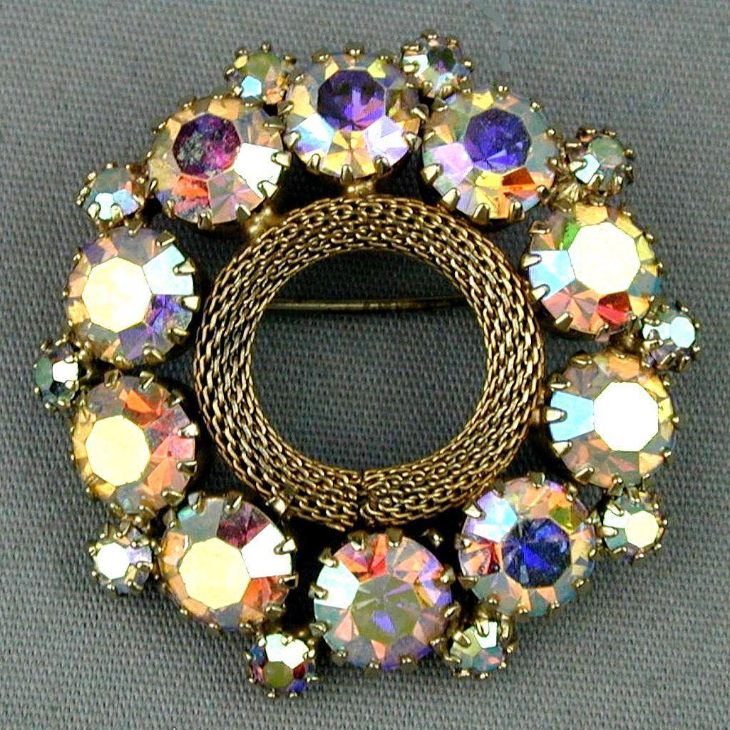 Nice Weiss Aurora Borealis Rhinestone Pin - Circle of Bling