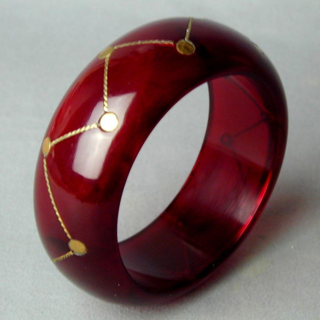 Vintage Lucite Translucent Cherry Red Bangle Bracelet w/ Brass Inlay