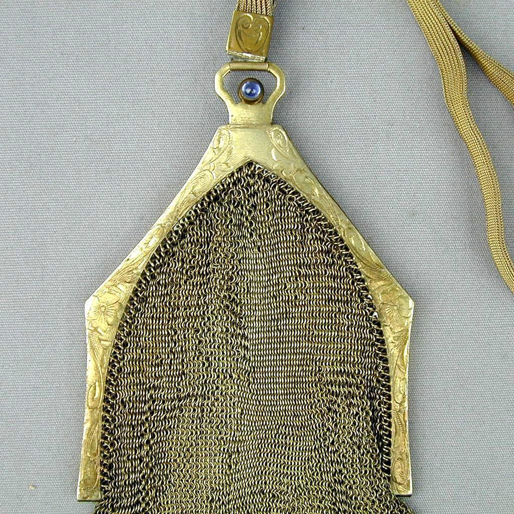 Art Deco Era Whiting & Davis Silver Mesh Handbag Purse