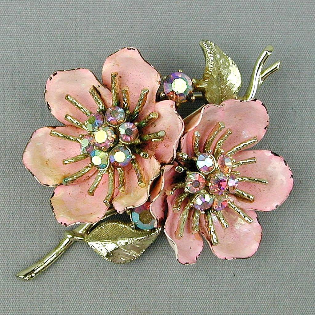 1940s Enamel CORO Double Flower Pin w/ AB Rhinestones