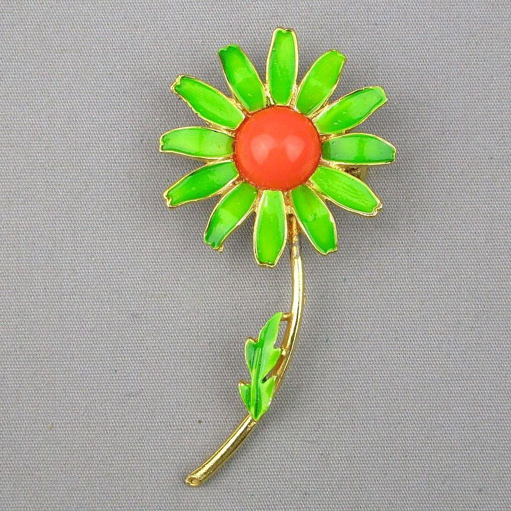 vintage 1960s weiss enamel painted flower pin from. Black Bedroom Furniture Sets. Home Design Ideas